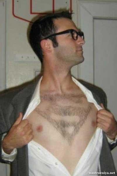 Стрижка на груди - супермен