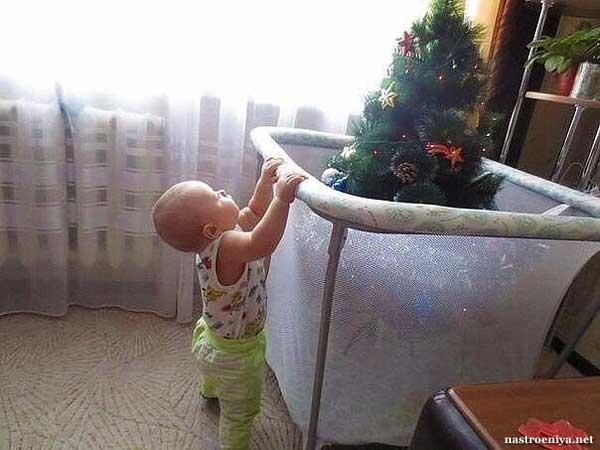 Ограждение елки от детей 36