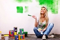 Девушка и краски