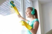 Слушайте музыку при уборке дома