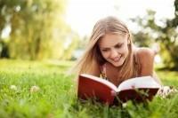 Чтение отвлекает от собственных проблем