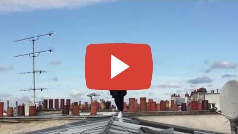 Видео: прогулка по крышам Парижа