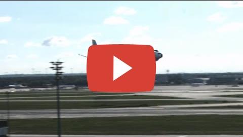 Видео: Впечатляющее приземление самолёта в аэропорте Франкфурта